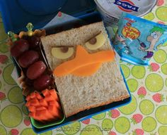 This blog has some of the cutest lunch box ideas!!