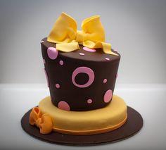 Mini topsy turvy cake