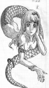 Segundo opinião bastante difundida, a Lâmia mitológica serviu de modelo para as Lâmias (Lâmiae em latim), ora descritas como bruxas, ora como espíritos e ora monstros, humanos da cintura para cima, mas com caudas de serpente.