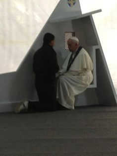 """Pope Francis heard confessions of 5 pilgrims today. One used the grate while the other 4 knelt in front of him.  """"Amazing, the Vicar of Christ hearing confessions. Even more amazing, in every confession, in every priest, Christ himself is present."""" - Fr. Nathan March"""