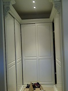 Painted sliding doors Built In Cupboards, Sliding Doors, Armoire, Building, Furniture, Home Decor, Clothes Stand, Sliding Door, Decoration Home