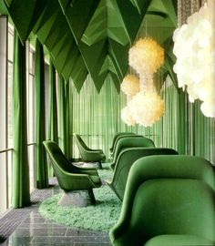 Verner Panton's 1969 interiors for the Spiegel Publishing house in Hamburg is one of his most unique interior works. Panton designed nearly everything inside, color schemes, lamps, textiles, and interior design house design de casas 1960s Interior, Home Interior Design, Interior Architecture, Interior Sketch, Interior Photo, Classic Interior, Emerald Green Rooms, Emerald City, Verde Greenery