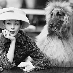 Reposting @myfaveplaces: 'Dovima with Sacha', cloche and suit by Balenciaga at the Café des Deux Magots, Paris, in 1955. Part of the @balenciaga show at the Victoria and Albert Museum -  on display until 18 Feb 2018.  Photo: Richard Avedon from the @richardavedonfoundation  @vamuseum #london #fashion #cafelife #myfaveplace