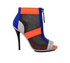 d0138db7a06 gx by Gwen Stefani Women s Akira Boot