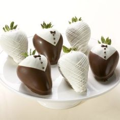 Cute little tux chocolate covered strawberries. Perfect for a wedding :)
