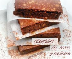 Brownie de cacao y avellanas. Receta sin gluten, sin azúcar
