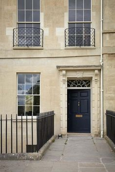 Top to bottom renovation of a Grade 1 Listed townhouse in Bath