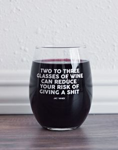 Ohhhhh baby, I just added a bunch of new accessories up to JACVANEK. You guys asked for wine glasses, you're getting wine glasses! Tag your favorite wino and go check out the newness. Wine Glass Sayings, Wine Quotes, Wine Craft, Wine Bottle Crafts, Wine Bottles, Funny Wine Glasses, To Go Becher, Wine Glass Designs, Cheap Wine