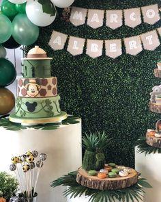 Safari Birthday Cakes, Mickey Mouse Birthday Decorations, Boys 1st Birthday Cake, Mickey Mouse First Birthday, Jungle Theme Birthday, Safari Cakes, Safari Theme Party, 1st Birthday Party Themes, Minnie Mouse
