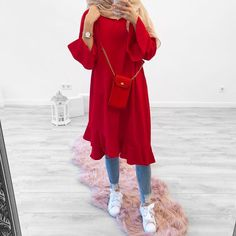 Red Fashion Outfits, Modest Fashion Hijab, Modern Hijab Fashion, Casual Hijab Outfit, Hijab Fashion Inspiration, Hijab Chic, Muslim Fashion, Red Dress Outfit, Outfit