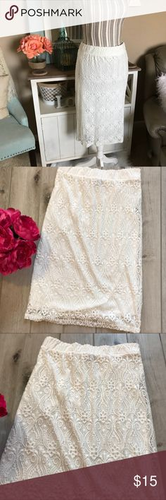 {•Lace Midi Pencil Skirt•} Super cute! Very lightweight. In EUC! I only wore it 3 times. Beautiful off white lace skirt. Size L. Has an elastic waist. Waist unstretched is 28inches. Hips 35 inches. Length 25.5 inches. Lining length 24 inches. Has a pencil skirt fit. Midi length.  From a clean and smoke free home!  {•Poshmark Ambassador  {•300+ Sales {•Party Host {•same/next day shipping Friday Skirts Pencil