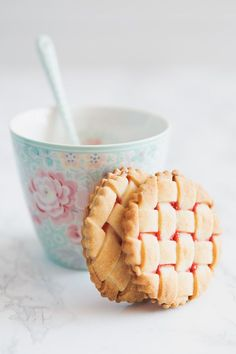 Mini Strawberries Lattice Pies #recipe