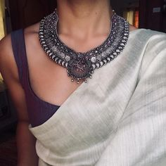 3 Brands To Shop Traditional Silver Coin Necklace Designs - Saree Styles Indian Attire, Indian Wear, Indian Outfits, Pakistani Outfits, Indian Dresses, Trendy Sarees, Stylish Sarees, Simple Sarees, Saree Jewellery