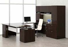 Office Workspace, Home Office, Counter Design, Office Ideas, Starters, Desks, Office Furniture, Corner Desk, Accounting