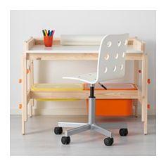 IKEA - FLISAT, Kinderschreibtisch, , Die Arbeitsfläche kann angewinkelt werden - so kann das Kind bequem die Stellung verändern.Dank einer gefrästen Rille fallen Stifte und andere Kleinteile nicht vom Tisch, auch wenn er geneigt ist.Mit Halter für MÅLA Zeichenpapierrolle - so hat das Kind immer Papier zum Malen oder Basteln zur Hand.Die TROFAST Boxen sind eine praktische Ergänzung - sie passen auf die Leisten unter dem Schreibtisch.