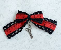 cute scissor brooch with red and black measure tape ribbon perfect gift for sewist and seamstresses Gothic Jewelry, Unique Jewelry, Printed Ribbon, Rarity, Grosgrain, Brooch Pin, Hand Sewing, Tape, Chokers