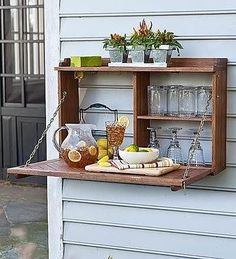 to Build a Fold-Down Murphy Bar This is a terrific idea for entertaining on a small patio area. @ Home Ideas and DesignsThis is a terrific idea for entertaining on a small patio area. @ Home Ideas and Designs Outdoor Projects, Home Projects, Outdoor Ideas, Outdoor Pallet, Outdoor Buffet, Outdoor Cupboard, Outdoor Bars, Outdoor Fun, Outdoor Rooms