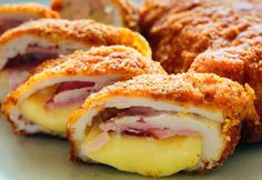 Air Fryer Chicken Cordon Bleu - make your own, homemade chicken cordon bleu and cook it in the air fryer for a healthier version to this popular dish! Informations About Air Fryer Chicken Cordon Bleu Frango Cordon Bleu, Chicken Cordon Blue, Whole30 Recipes Lunch, Romanian Food, Recipe Search, Air Fryer Recipes, How To Cook Chicken, Food Inspiration, Food To Make
