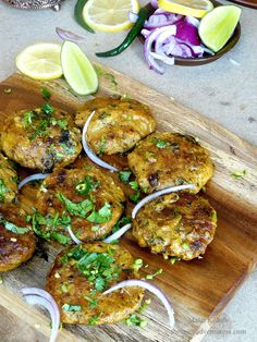 Malai Kebab (Minced Chicken Patties cooked in Spices, Aromatics and Cream) - cooking - Chicken Patty Recipes, Chicken Cutlet Recipes, Minced Chicken Recipes, Cutlets Recipes, Mince Recipes, Kebab Recipes, Chicken Cutlets, Veg Recipes, Cooking Recipes
