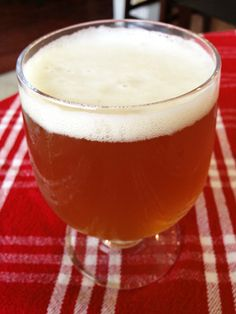 HomeBrew recipe for a hoppy American Pale Ale, similar to Three Floyds Zombie Dust. A single-hopped ale brewed with 100% Citra hops. Medium-bodied with aromas of citrusy and tropical fruit hops. High hop bitterness for an American Pale Ale. Dry-hopped for added hop character.