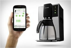 MR COFFEE | SMART COFFEE MAKER - http://www.gadgets-magazine.com/mr-coffee-smart-coffee-maker/