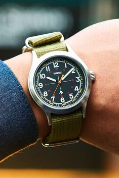The Military Watch by Timex + Todd Snyder Mens Sport Watches, Rolex Watches For Men, Casual Watches, Luxury Watches For Men, Wrist Watches, Timex Military Watch, Best Looking Watches, Camera Watch, Field Watches