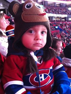 Pas de singeries, soumis par Alessio De Nardis /Not monkeying around, submitted by Alessio De Nardis (photo Montreal Canadiens, Easter Hunt, Easter Eggs, Hockey Baby, Egg Hunt, Cute Kids, Contest Rules, Pinterest Board, Children