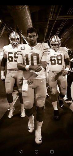 49ers Quarterback, Nfl 49ers, Gorgeous Men, Beautiful Boys, Sf Niners, Patrick Willis, Nfl Football Players, Sports Graphic Design, Nfl San Francisco