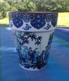 Chinoiserie Ginger Jar Flower Planter Cache Pot Blue and