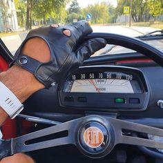 Fiat500nelmondo (@fiat500nelmondo) • Foto e video di Instagram Fiat 500l, Video, Beautiful Pictures, Instagram, Classic, Derby, Pretty Pictures, Classic Books