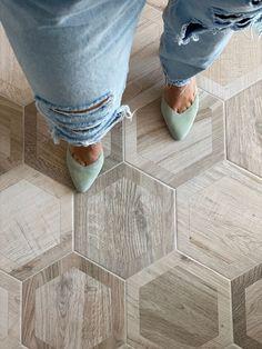 Wood Look Tile Floor, Wood Tile Floors, Bathroom Floor Tiles, Best Bathroom Flooring, Best Flooring For Kitchen, Tile Floor Kitchen, Hexagon Tile Bathroom Floor, Wood Floor Design, Rustic Wood Floors