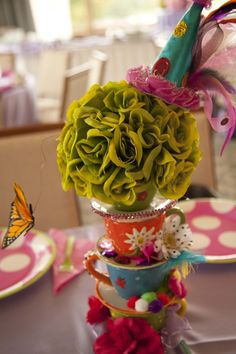 Alice in Wonderland - Mad Tea Party Centerpiece