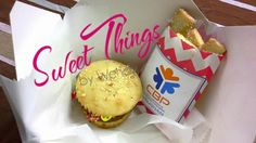 Cupcake burgers & sugar cookie fries   sweetthingsbywendy.ca Hamburger Cupcakes, Burgers, Cake Toppers, Cupcake Cakes, Fries, Muffin, Sugar, Cookies, Breakfast