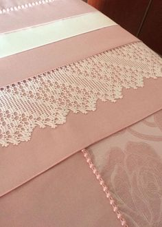 Chiquilla Sandoval's 662 media content and analytics Crochet Lace Edging, Crochet Art, Filet Crochet, Crochet Doilies, Lace Making, Dress Making, Tied Shirt, Best Beauty Tips, Diy And Crafts