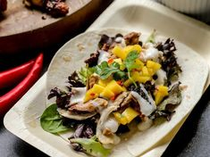 Chicken Tacos, Grilled Chicken, Peri Peri Chicken, Mango Salsa Recipes, Taco Time, Soft Tacos, Sweet And Spicy, Chicken Recipes, Dishes