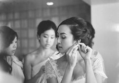 Romantic wedding at Greystone Mansion : Chriselle + Allen - Bride getting ready