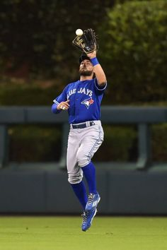 Kevin Pillar, TOR // Aug 2015 at PHI