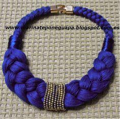 collar de trenza en azul