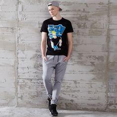 T-shirt z nadrukiem JOHNNY BRAVO, CROPP