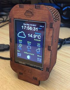 """After the """"WiFi OLED Mini Weather Station with here is another one… Nach """"WiFi OLED Mini Wetterstation mit hier noch eine: diesmal mit Touch LCD :-]: Arduino Wifi, Esp8266 Wifi, Esp8266 Projects, Robotics Projects, Pi Projects, Radios, Projets Raspberry Pi, Raspberry Projects, Smart Home Automation"""