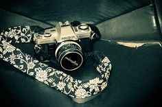 20 Cool DIY Camera Straps | Shelterness