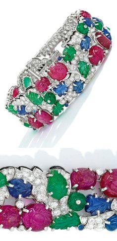 An Icon of Art Deco Jewelry Design: A Magnificent 'Tutti Frutti' Bracelet by Cartier Tutti Frutti, Cartier Armband, Bracelet Cartier, Jacques Cartier, Kendall Jenner, Art Deco Jewelry, Jewelry Design, Diy Jewelry, Jewelry Rings