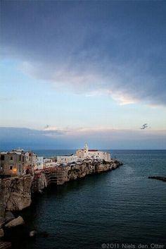 La magia di #Vieste Vista del faro dal borgo antico www.pizzicatobeb.com, Vieste, Province of Foggia , Puglia Italy