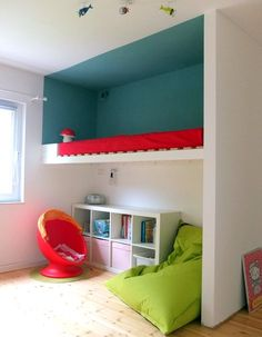 Built-in loft bed with play space underneath.  Small kids space. .... needs a rail!