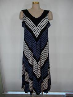 Comfy USA - Crinkle Jacquard Black/White/Violet Blue Chevron Stripe Sleeveless Paula Dress