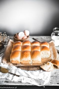 Food Photography Tips, Aesthetic Food, Bread Rolls, Hot Dog Buns, Lunch Box, Breads, Rolls, Buns, Bento Box