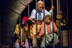 https://flic.kr/p/SigaEG | We're Never Getting That Key | Today's photo tour sends us to the Magic Kingdom for a shot of those jailed pirates on the Pirates of the Caribbean ride. These poor guys have been trying to catch that dog for years in order to get that key. You would think after all these years they would have been successful. I shot this with my 70-200, 2.8 and was totally amazed at the sharpness of this photo. Have you ever photographed the pirates with that lens? Have a magical…