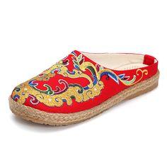 Sale 15% (24.98$) - Women Embroidery Slip On Flat Slipper Shoes