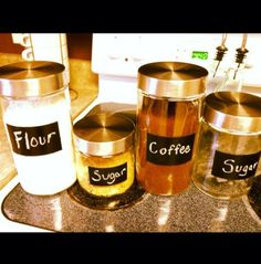 kitchen organizing tips: labeled canisters for the pantry!