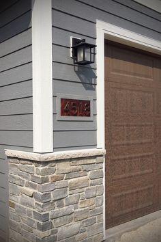 Stone Veneer Exterior, Stone Exterior Houses, Stone Siding, Stone Facade, House Paint Exterior, Stone Houses, Stone Masonry, Siding Colors For Houses, Exterior Siding Colors
